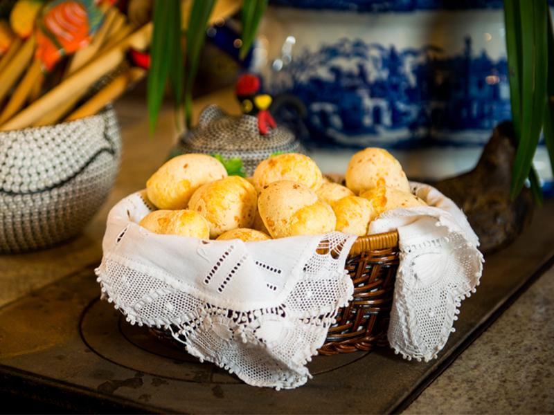pão de queijo da vovó pipida – o chef e a chata