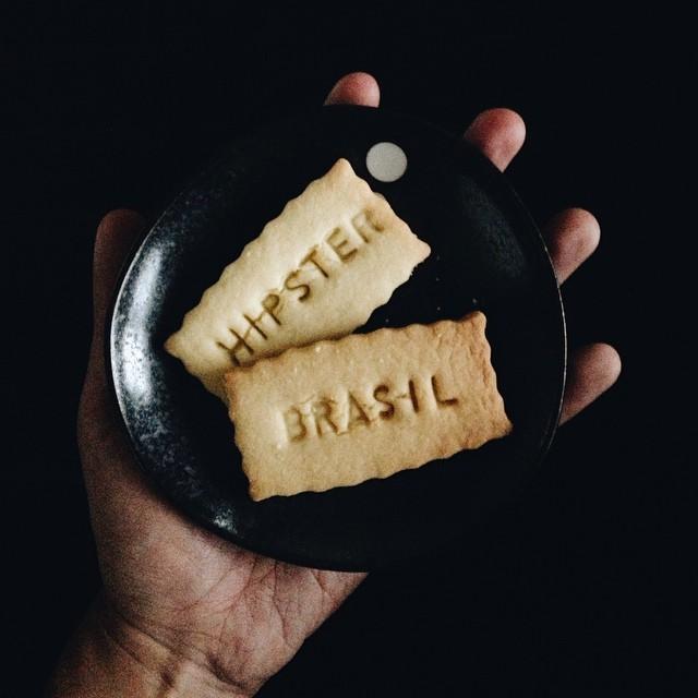 do amigo francês que fez biscoitos com palavras que, segundo ele, me representam.