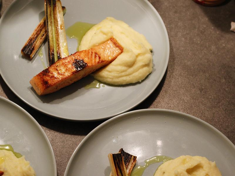 salmão com purê de couve flor