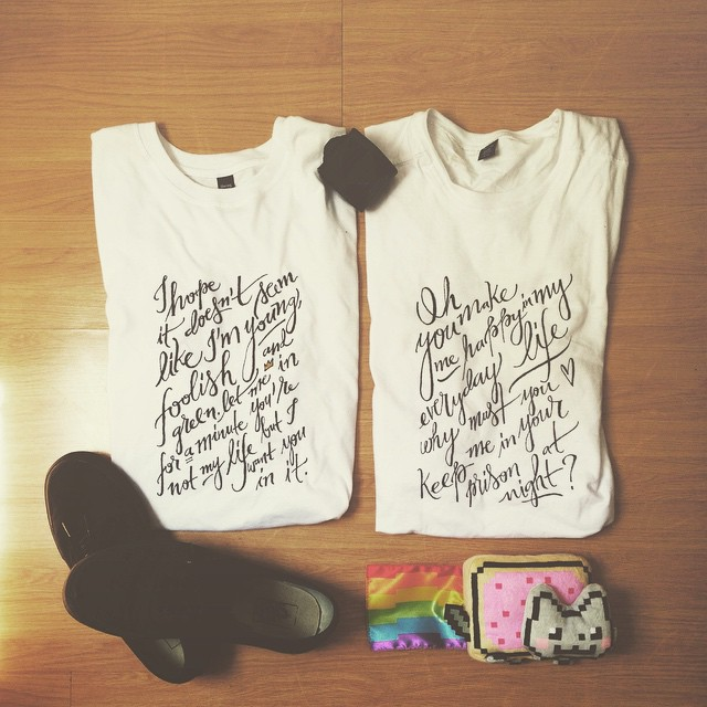 waking up after the concerts... the t-shirts I made writing @larouxofficial lyrics on it: let me down gently for me and cruel sexuality for my friend @samsworld.
